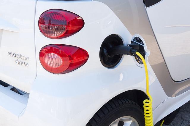 Минтранс планирует заменить транспортный налог на экологический