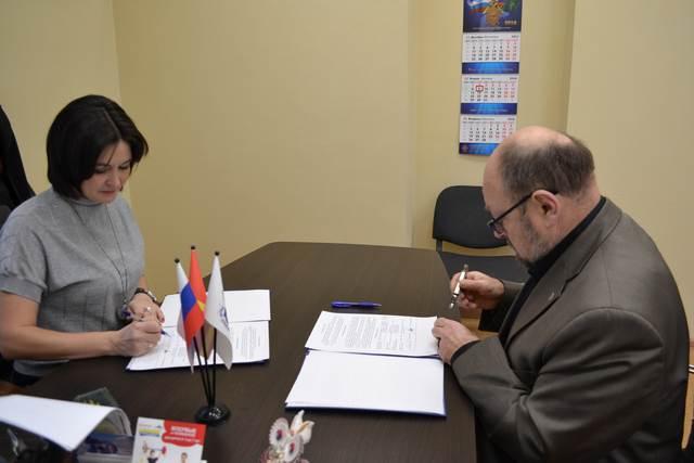 Состоялось подписание соглашения Челябинского отделения Ассоциации юристов с региональным Уполномоченным по правам человека