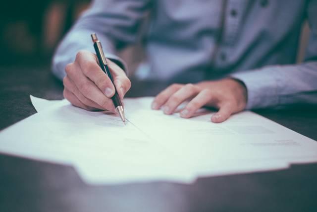 Юристы помогут обманутым дольщикам