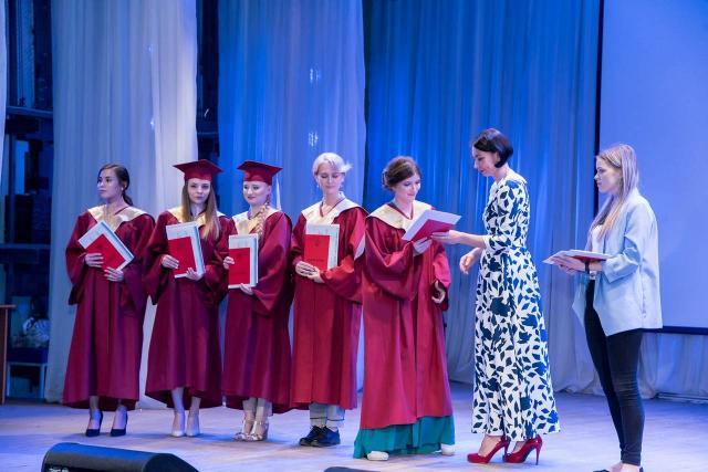 В Челябинском госуниверситете вручили дипломы молодым юристам